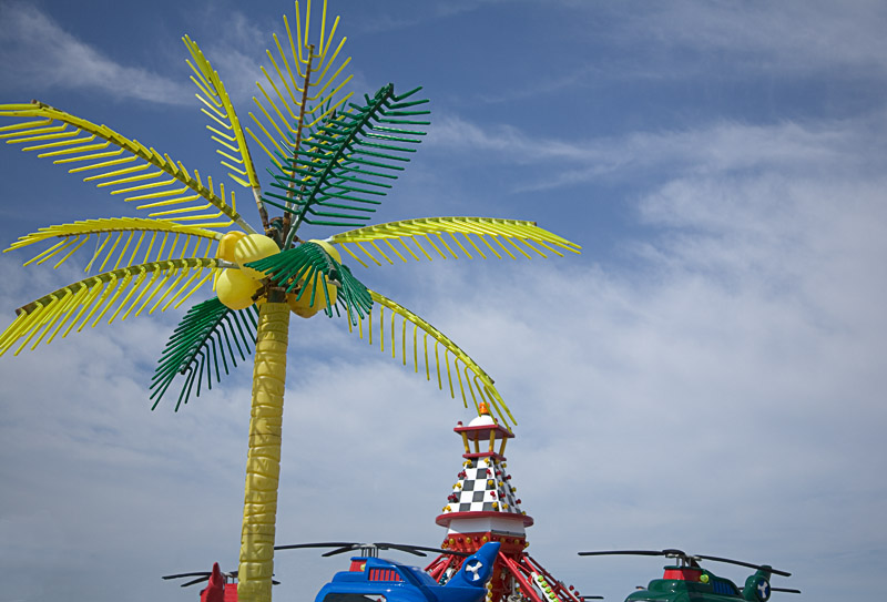 Plastic Palm Tree Returns
