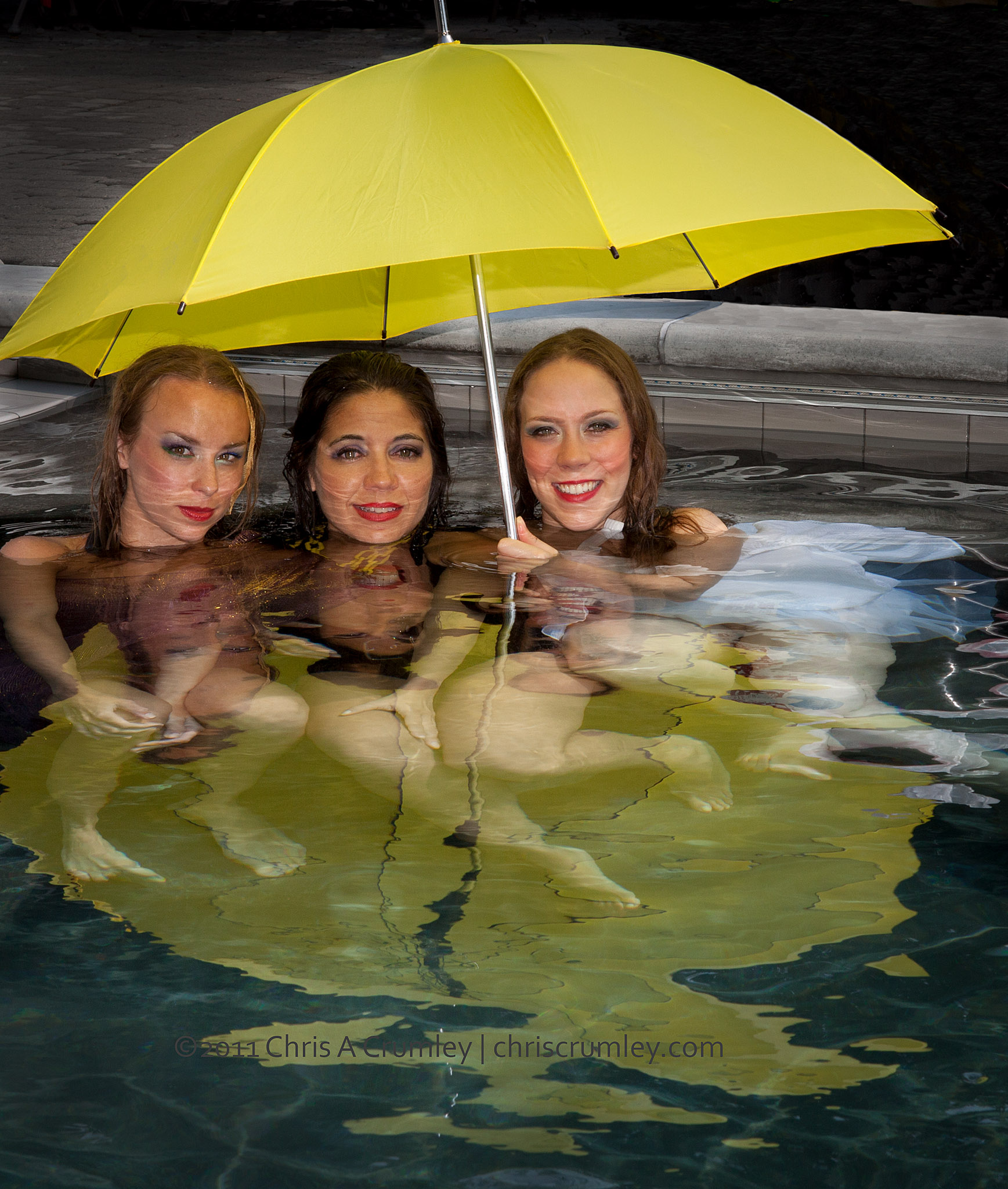 BODYART Dancers With Yellow Umbrella