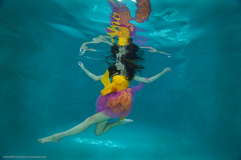 Underwater Fashion; Yellow-Gold/Hot-Pink Theme